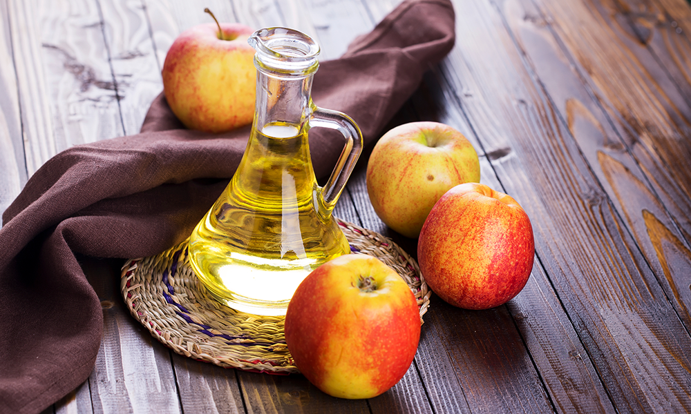 7 Ways Apple Cider Vinegar Can Help Your Feet