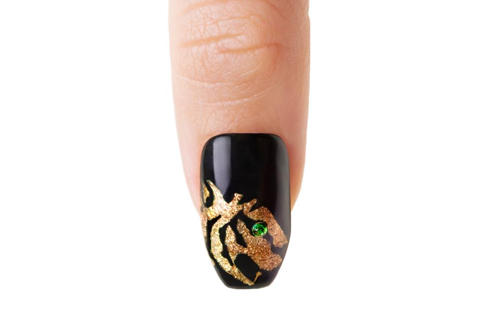 Metallic Rock or Tiger Nails
